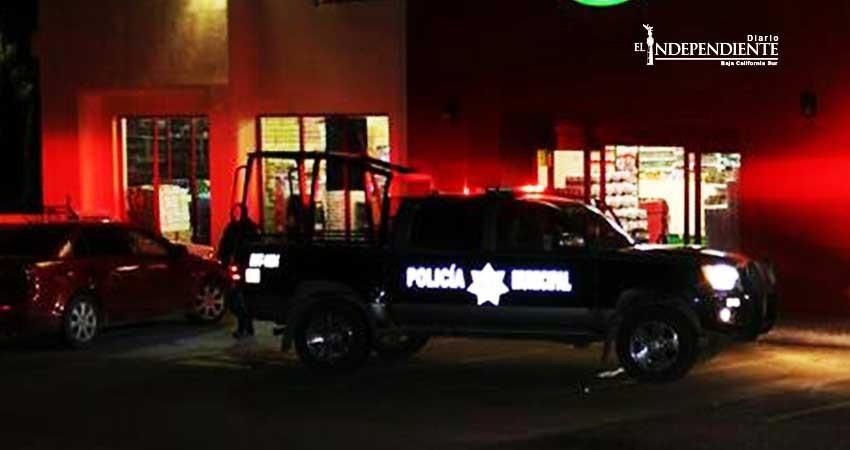 Asesinan a hombre en una plaza comercial de San José del Cabo