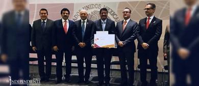Ayuntamiento de La Paz recibe reconocimiento del Programa Agenda para Desarrollo Municipal 2017
