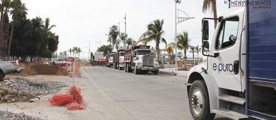 Locatarios reportan perdidas económicas por lentitud en obras del malecón