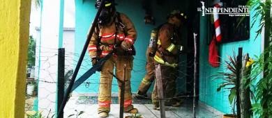 Veladora provoca incendio de casa en la colonia Lomas de Rosarito