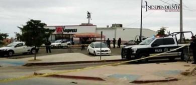 A balazos acribillan a un hombre en el estacionamiento de la tienda Ley