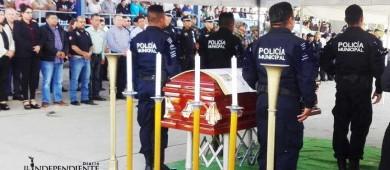 Con homenaje, despiden a comandante de la policía ultimado en Los Cabos