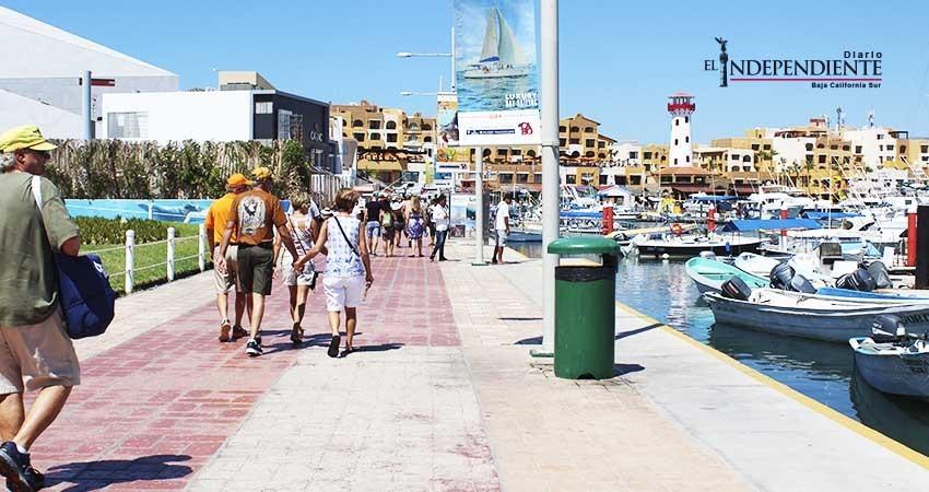 500 mil turistas navieros el acumulado del año 2017