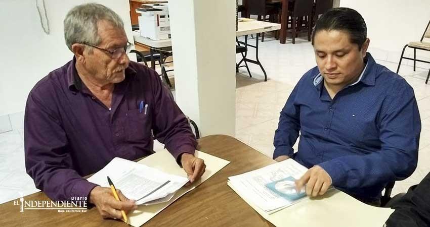 Fernando Altamirano se registra como candidato independiente por diputación del Distrito I
