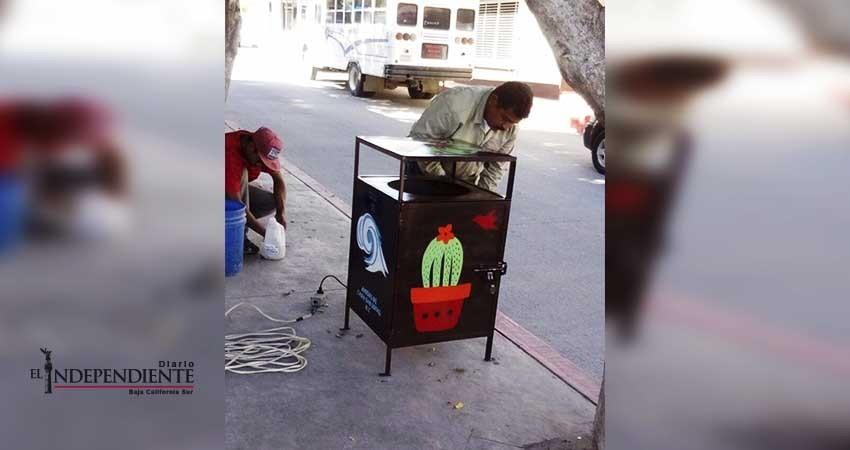 Amigos de CSL donan a la ciudad nuevos contenedores de basura