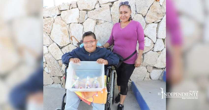 Dora Alicia Lozano, una guerrera que no se paraliza ante la adversidad de ser mamá de un hijo con discapacidad
