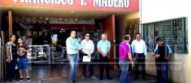 Acusan de proselitismo político a funcionarios del Ayuntamiento de La Paz