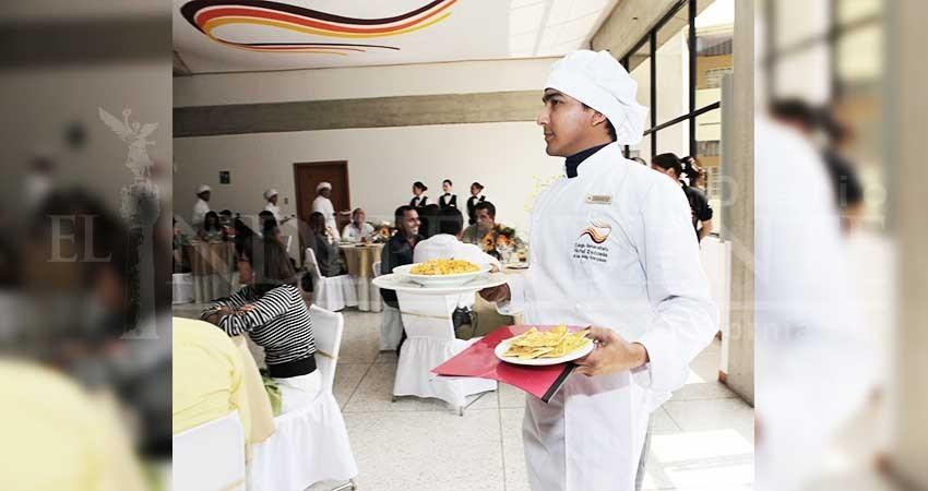 Durante 2017 Escuela de Turismo CROC capacitó a más de 700 personas
