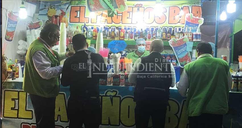 Destruyen bebidas adulteradas a la venta en el Carnaval de La Paz