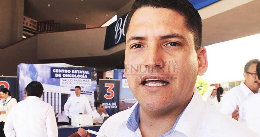 Denuncian capos altos precios de papitas en Ceferesos
