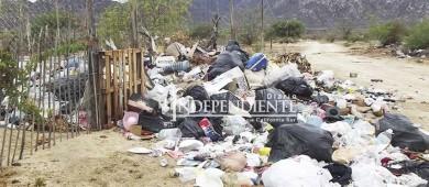 Persiste problemática de arrojar basura en los cauces de arroyos, reporta Servicios Públicos