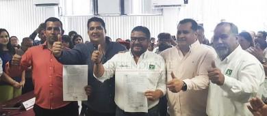 Se registra César Juárez por el II distrito; reconoce competencia reñida