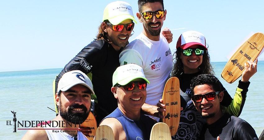 Juan Pablo Urquidi y Andrea Bentancourt dominaron el Jetsurf en La Paz
