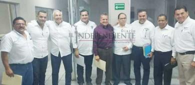 Muñoz, Puppo y Hevia ya se dicen ganadores de debate radiofónico