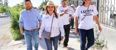 Vamos a fortalecer la educación, el turismo y el respeto al medio ambiente en BCS: Lupita Saldaña
