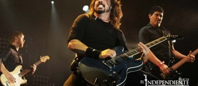 Dave Grohl aún la pasa mal cuando escucha a Nirvana