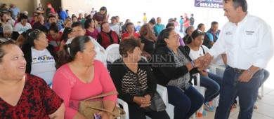 Ningún barco va a remover fosfato en el Golfo de Ulloa: Pancho Pelayo