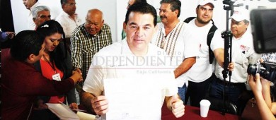 Registra Morena planilla a la alcaldía de La Paz sin cambios
