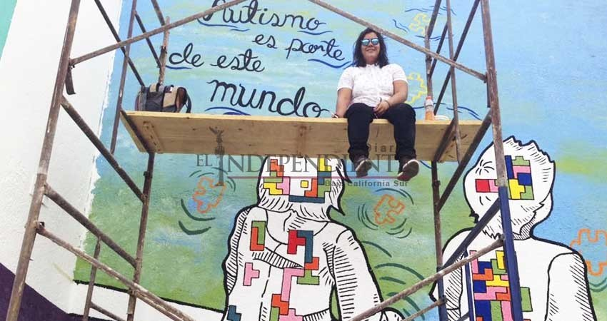 Niños con autismo participan en la Ruta del Mural