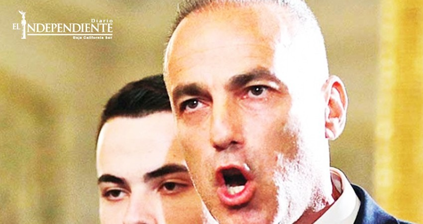 Padre de víctima en tiroteo demanda a policía 'cobarde'