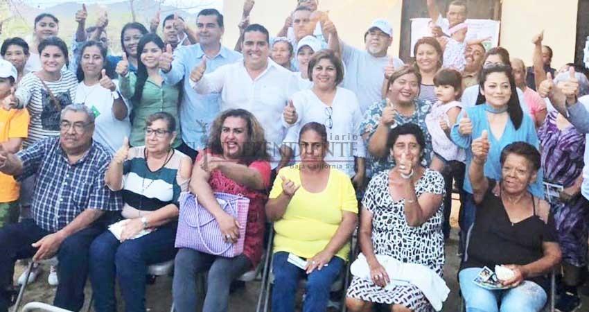 Más gente se suma al proyecto ciudadano de Alejandro Rojas