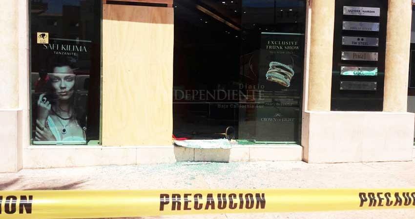 aa0aef2b68f7 Ya habían intentado asaltar la Joyería del centro de CSL - Diario El ...