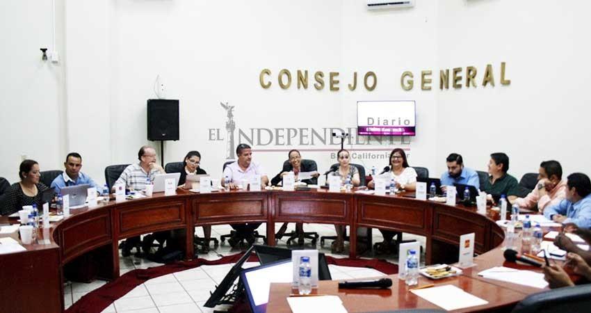 Recibirán partidos casi un millón de pesos para enviar cartas con propaganda
