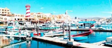 """Inicia resguardo y retiro de embarcaciones en la marina de Cabo San Lucas por huracán """"Bud"""""""