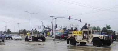 """Lluvias por """"Bud"""" reviven arroyos y afectaciones viales en Los Cabos"""