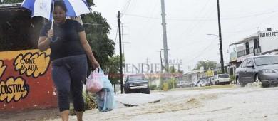"""Crecida de arroyos, deslaves y calles anegadas dejó """"Bud"""" tras su paso por Los Cabos"""