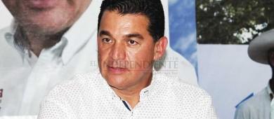 Acusa Rubén Muñoz presunta compra a sobreprecio de terreno del nuevo panteón de La Paz