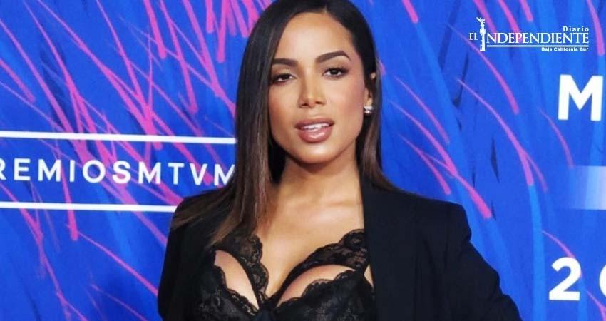Juez levanta embargo a la cantante brasileña Anitta