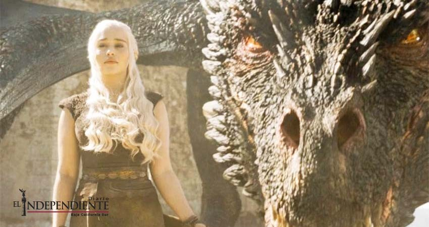 Emilia Clarke dice adiós a su 'familia' en 'Game of Thrones'