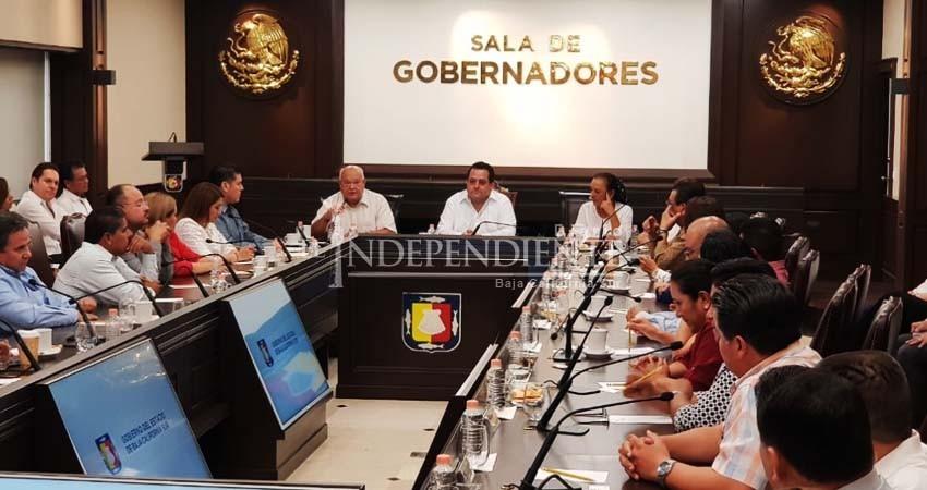 Se sumará Carlos Mendoza Davis a planteamientos de AMLO: Víctor Castro