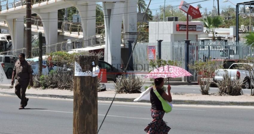 Los puentes peatonales no son una opción viable para el cruce de calles