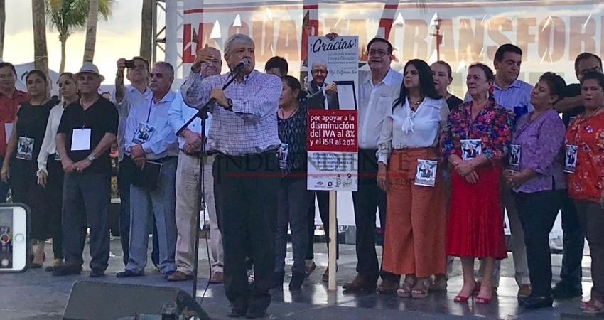 """""""Lo de la mina lo va a decidir el pueblo de Baja California Sur"""": AMLO"""