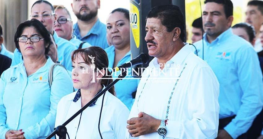 """Otorga """"comisión"""" Sindicato a esposa del alcalde de La Paz"""
