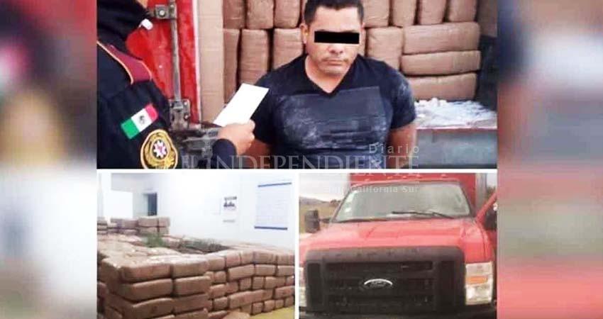 Cae hombre con tres toneladas de droga y ataca a mordidas a policía