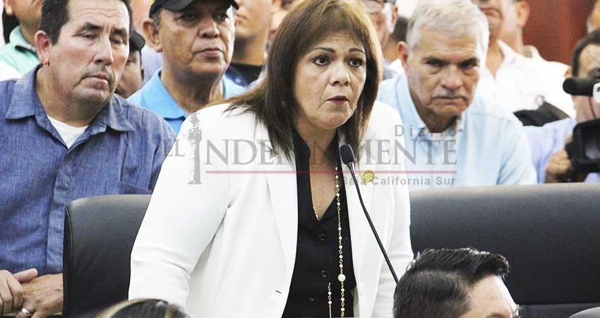 """Quiere Morena """"amarrar"""" las manos del gobernador: Diputada del PAN"""