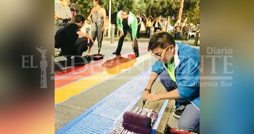 Ayto. de La Paz, incluyente; pinta pasos peatonales en apoyo a la comunidad  LGBTTI