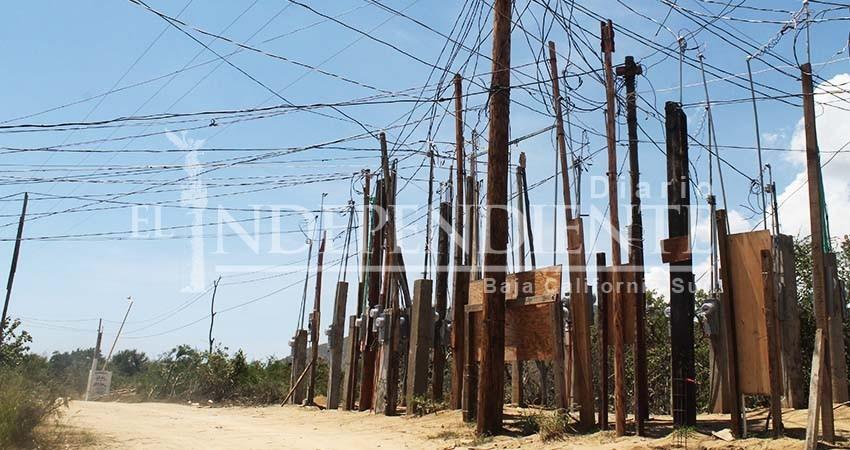 Solución a tomas clandestinas de energía en asentamientos irregulares es un tema que está sobre la mesa