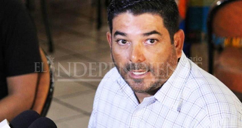 """Responde exdirector OOMSAPAS y acusa a Rubén Muñoz de """"simulación"""""""
