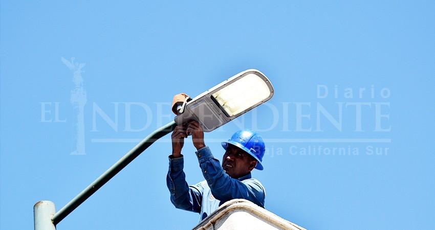 Al cierre de agosto se habrán instalado 5 mil 300 lámparas en La Paz: Alcalde