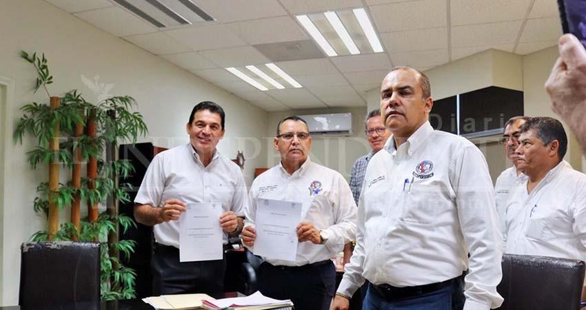 Retiran burócratas asamblea tras acuerdos con Ayuntamiento de La Paz
