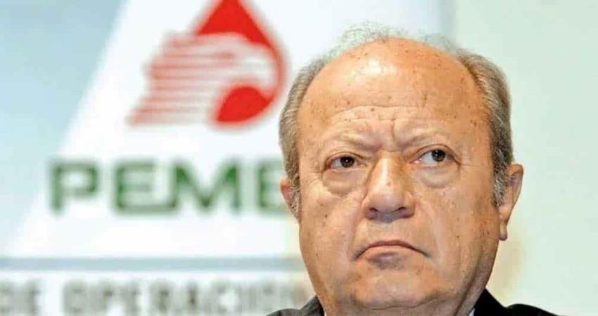 Renuncia Romero Deschamps a Pemex