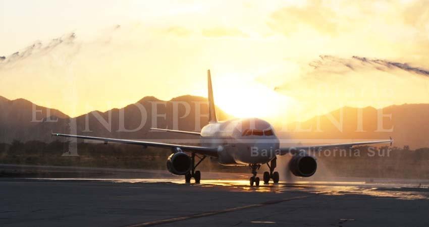 Volaris inaugura vuelo Monterrey-Los Cabos