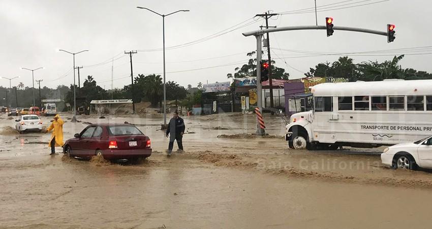 De nuevo, escurrimientos paralizaron tráfico en el vado de El Zacatal