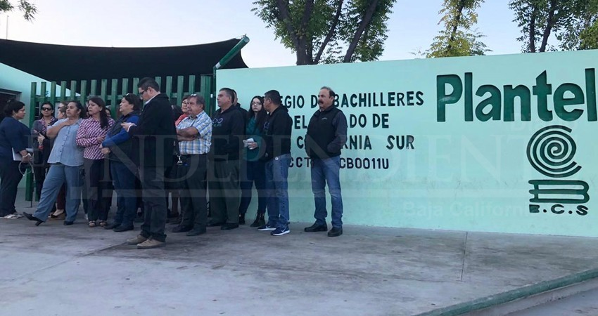 Personal docente y administrativo del Cobach entró en paro laboral en BCS
