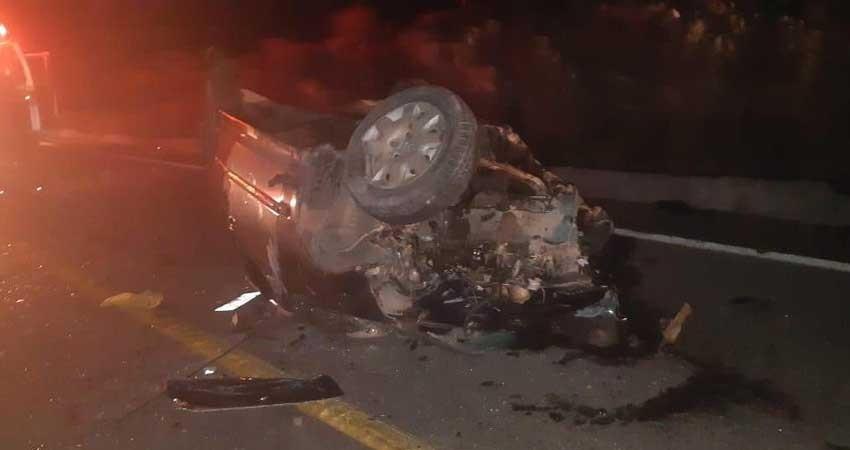 4 jóvenes pierden la vida en accidente automovilístico