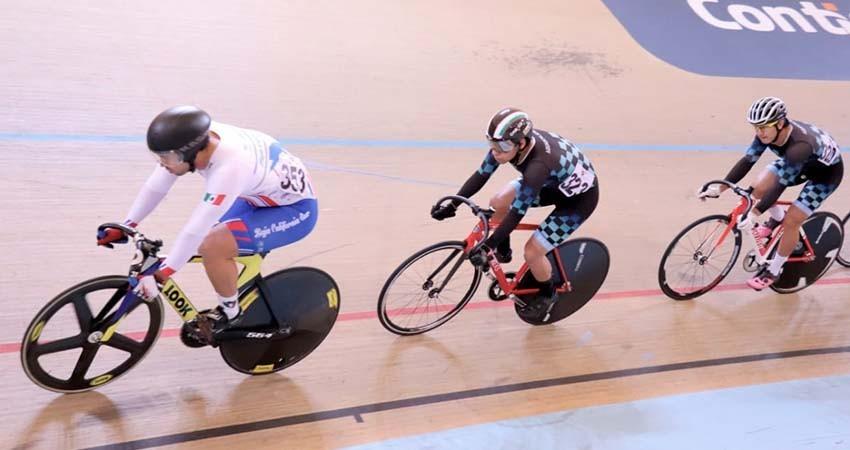 Regresan ciclistas cargados de medallas copa federación de pista